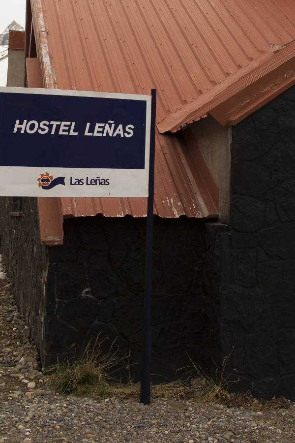 Income Hostel Leñas